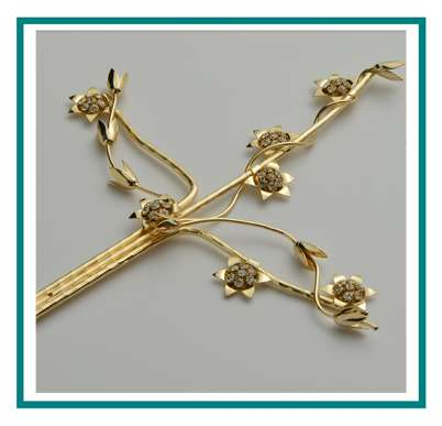 rotastyle funeral accessory manufacturer brass cross wisp of eternity detail2